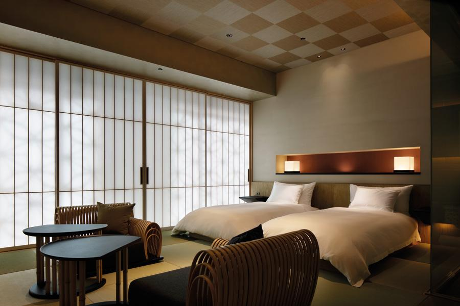 The expertise of award-winning lighting designer Masanobu Takeishi is utilised to replicate the warmth of a ryokan, evident in each of the suites