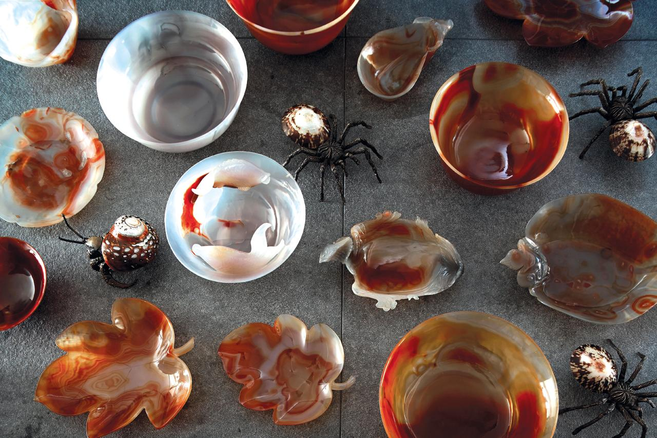 Gem collection of agate plates
