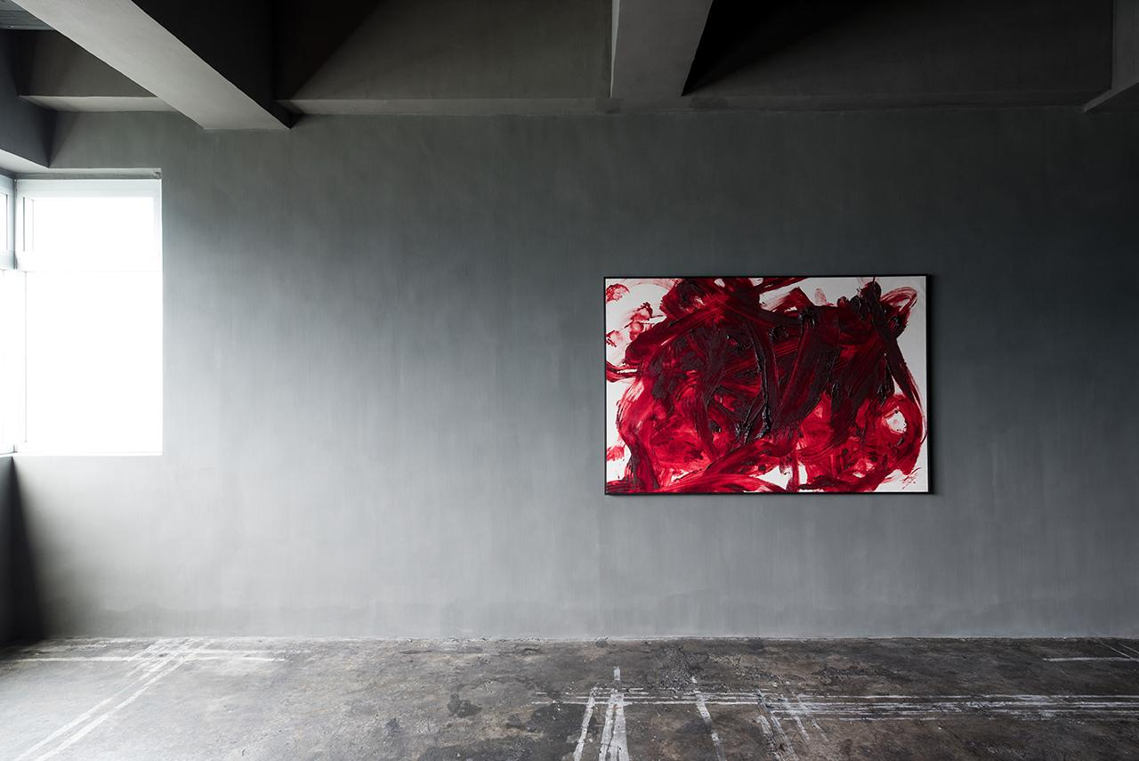 Installation view of 'Cang Ghe', work by Kazuo Shiraga (Photo: Courtesy of Axel Vervoordt Gallery)