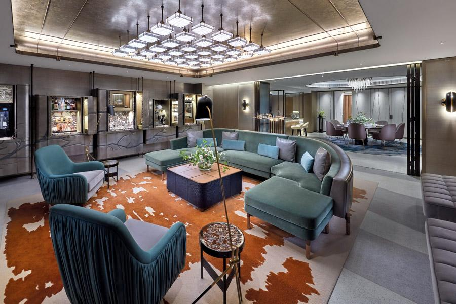 The Landmark Mandarin Oriental's Entertainment Suite, designed by Joyce Wang, is the perfect place to host an upscale soirée set against a decadent backdrop
