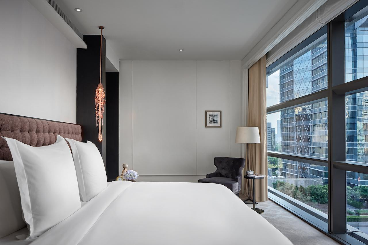 Rosewood Bangkok contains 159 rooms in Bangkok's most prime location, along Ploenchit Road in the central business district