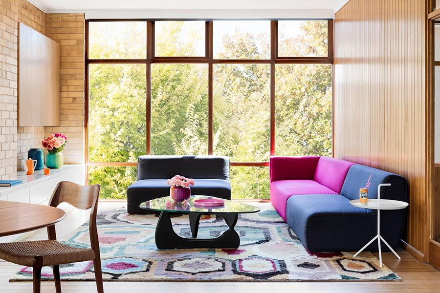 This Modernist Family Home in Melbourne Boldly Eschews Neutrals for Bright, Bold Colour Palettes
