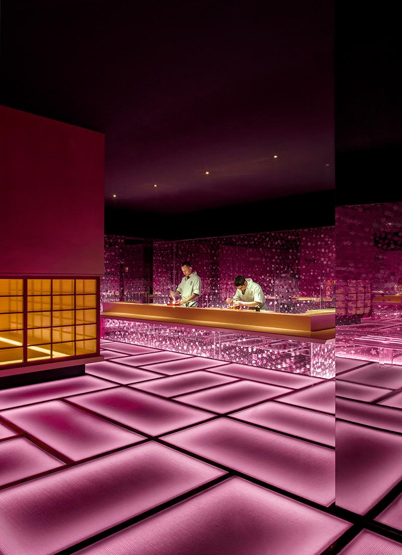 Chefs at work at the sushi bar. (Photo: Courtesy of Shanghai Hip-pop Design)