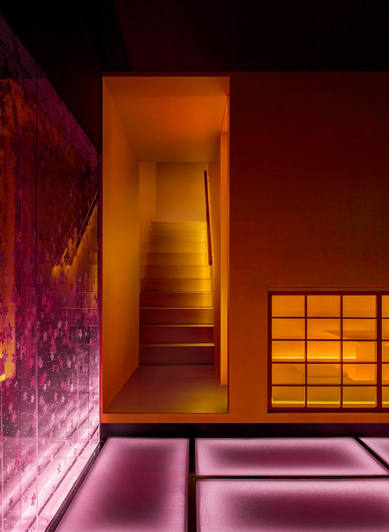 The illuminated stairway from the first floor. (Photo: Courtesy of Shanghai Hip-pop Design)
