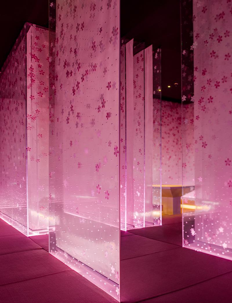 The second-floor dining area with sakura-filled partitions. (Photo: Courtesy of Shanghai Hip-pop Design)