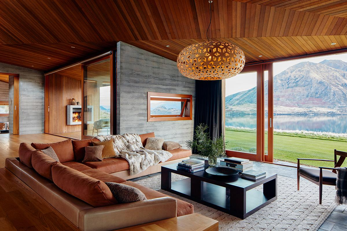 Te Kahu in Wanaka, New Zealand. (Photo: Courtesy of AirBnb)