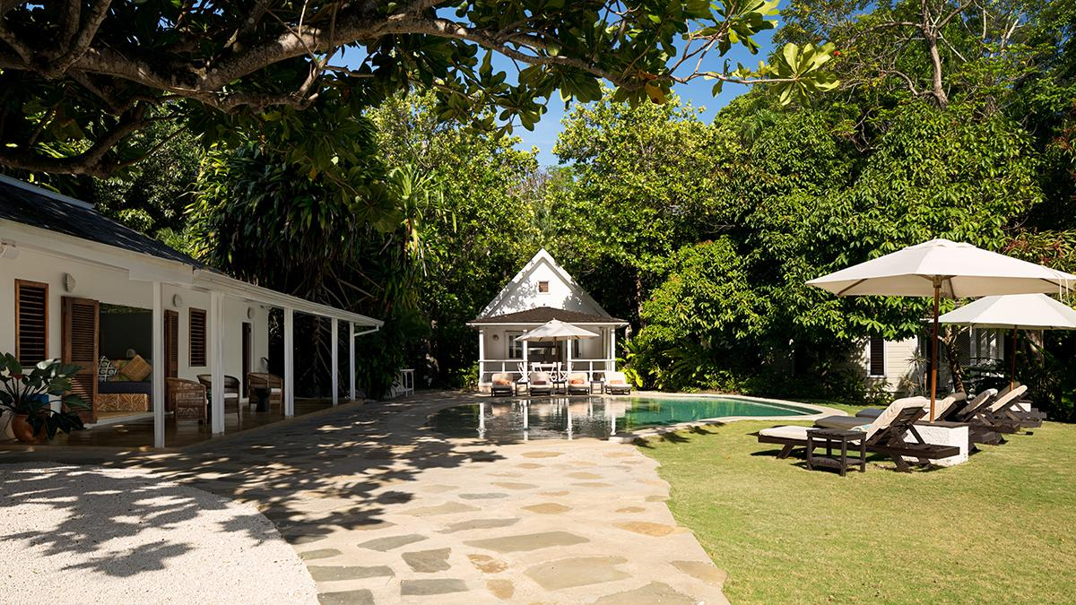The Fleming Villa in Oracabessa, Jamaica, where Ian Fleming wrote his spy novels. (Photo: Courtesy of AirBnb)