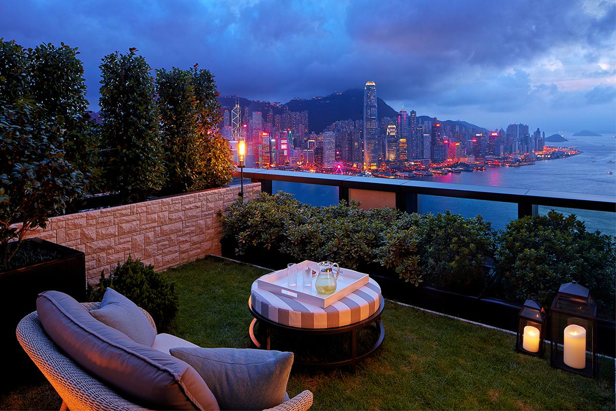 Views from the two-bedroom suite. (Photo: Courtesy of Rosewood Hong Kong)