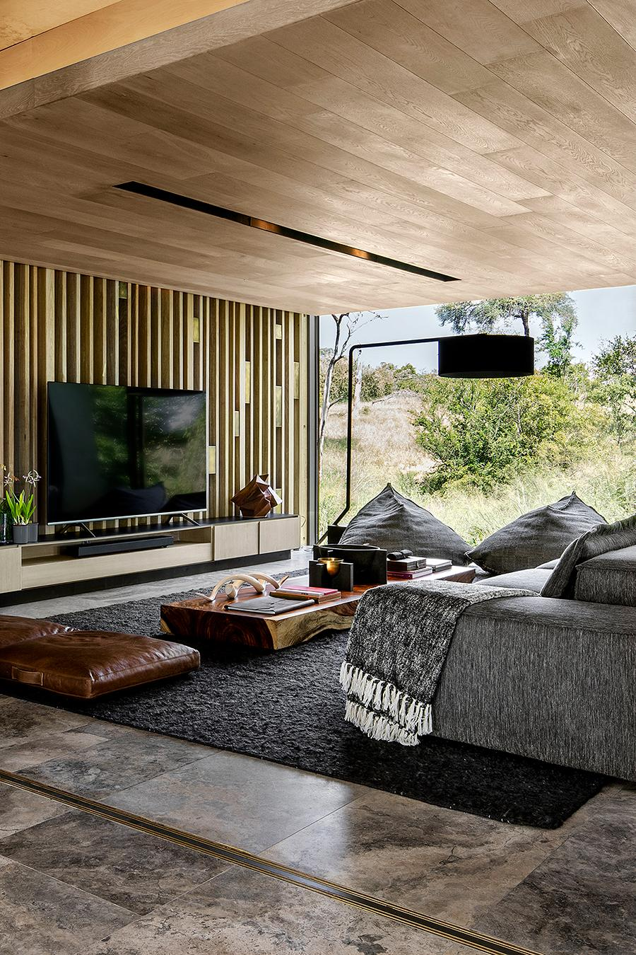 A Modern Luxe Approach To Safari Style Architecture At Cheetah Plains Game Lodge Home Journal