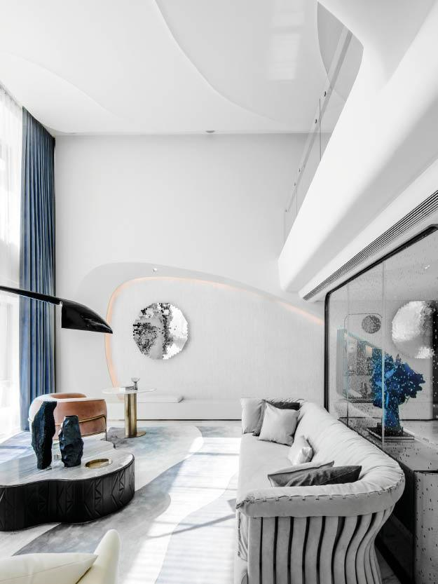 The Ethereal Beauty of the Ocean is Mirrored in this Zhuhai Duplex Penthouse